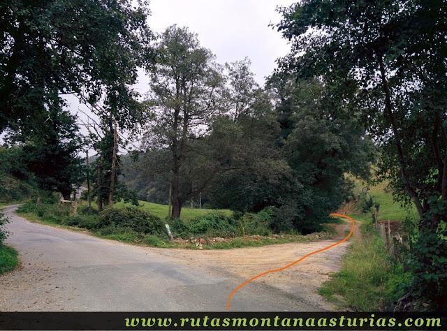 Ruta Das Minas PR AS-182: Pista a la salida de Boudois hacia la Mina