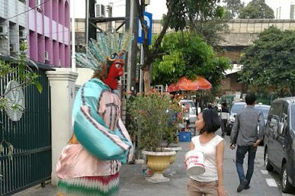 [Ngenes] Melihat Nasib Ondel-Ondel di Jakarta