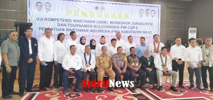 Ketua Umum PWI Pusat Hadiri Pembukaan Uji Kompetensi Wartawan di Kab Wajo