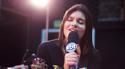 Cantora Lary (Foto: Divulgação/SBT)