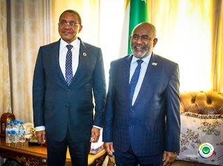 L'ancien Président tanzanien reçu par Azali