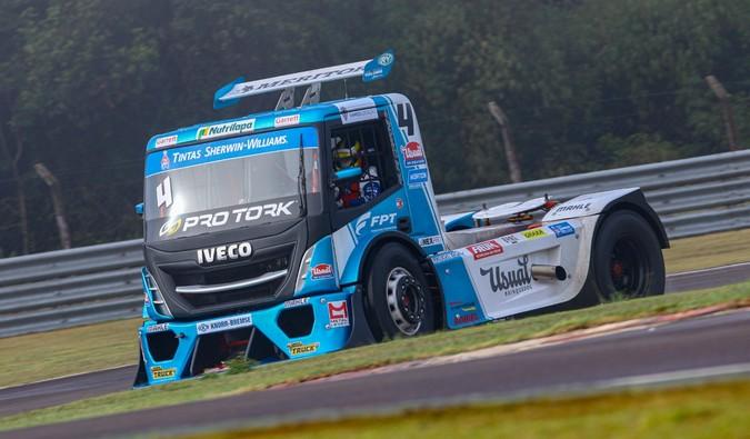 Motor FPT Cursor 13 preparado acelera caminhões na Copa Truck 2020