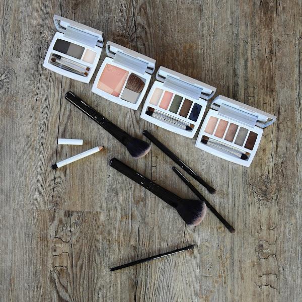 Cara Menggunakan Eyeliner untuk Pemula