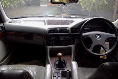Interior BMW E34