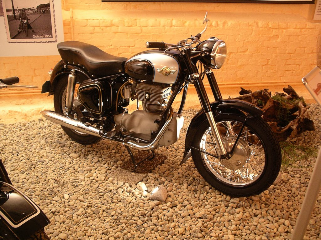 german motorcycle east motorcycles museum scooter 1948 simson jawa were 1920s war czechoslovakian dkw strokes based technology