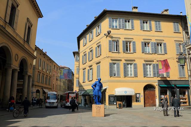 Piazza del Monte, Reggio Emilia, Italia