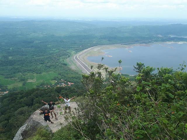 Gunung haur 517 Mdpl
