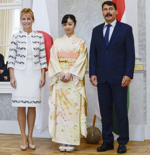 Princess Kako met with Hungarian President Janos Ader and his wife, Anita Hercegh at the Alexander Palace