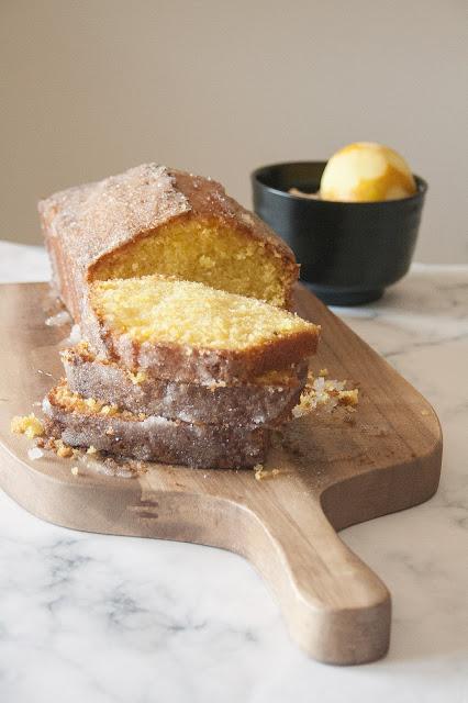 La ricetta della drizzle cake di Mary Berry