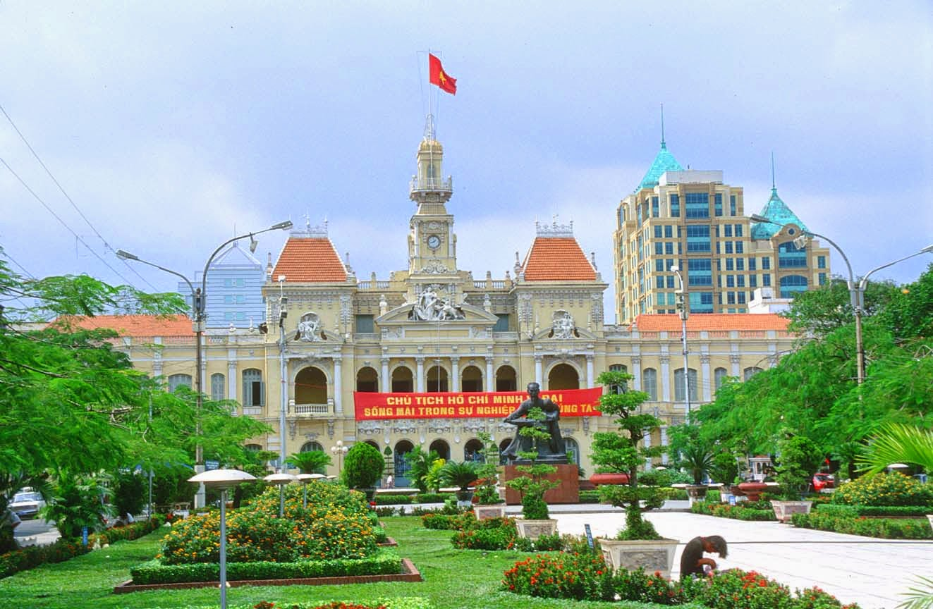 Ho Chi Minh city: The country's cultural and tourist center 31