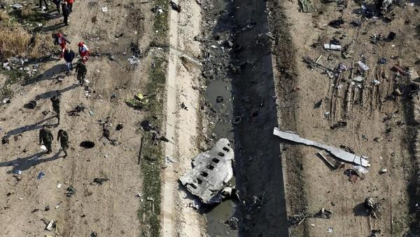 Bukan Satu, Tapi Ada Dua Rudal yang Ditembakkan Iran ke Pesawat Ukraina!