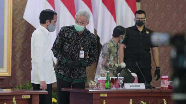Jokowi ke Jateng: Tutup Lagi New Normal Kalau Kasus Corona Naik, Harus Berani Putuskan Itu