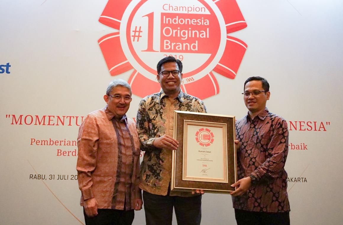 Rumah Zakat Raih Posisi Pertama Indonesia  Original Brand Award