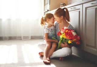 Annenizi İnternetten Alabileceğiniz Hediyelerle Sevindirin