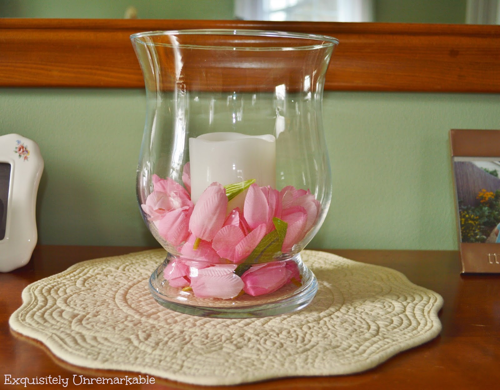 how to make a tulip petal candle decor