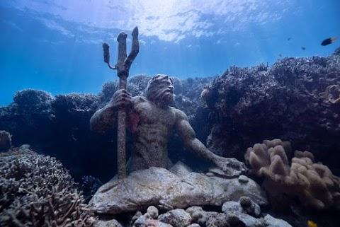 WOW! 5 GUARDIANS OF ALEGRIA Underwater Statues in Alegria Dive Resort