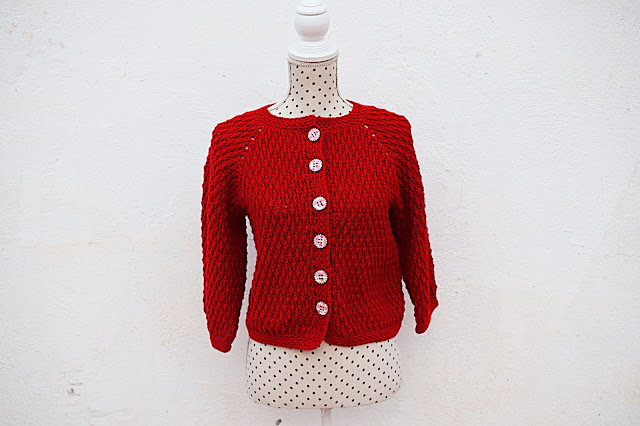 4 - Crochet imagen Chaqueta roja de mujer a crochet y ganchillo por Majovel Crochet