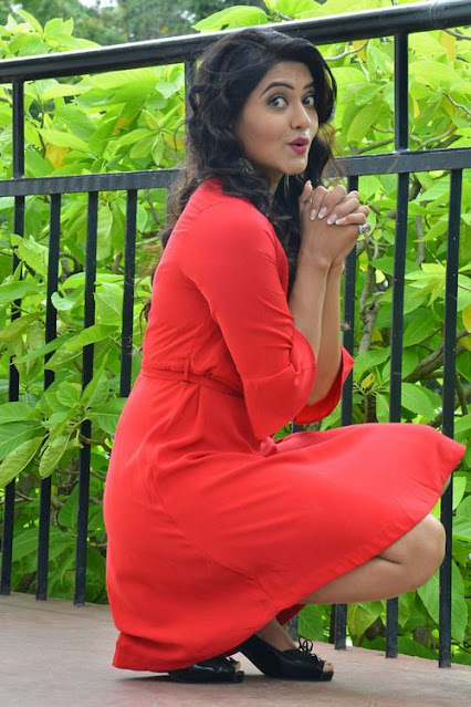 Tollywood Actress Aakarsha Latest Cute Pics Navel Queens