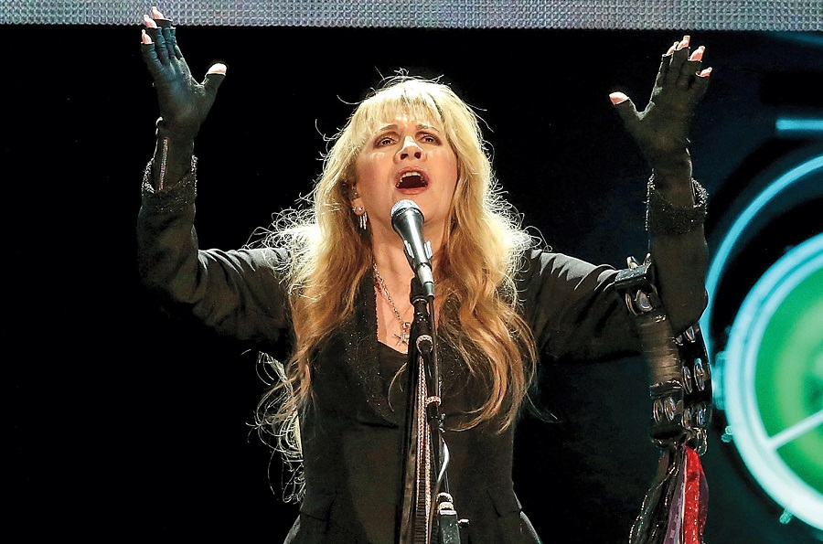Gold Dust Woman The Mystery Of The Mystical Stevie Nicks Drew Rowsome