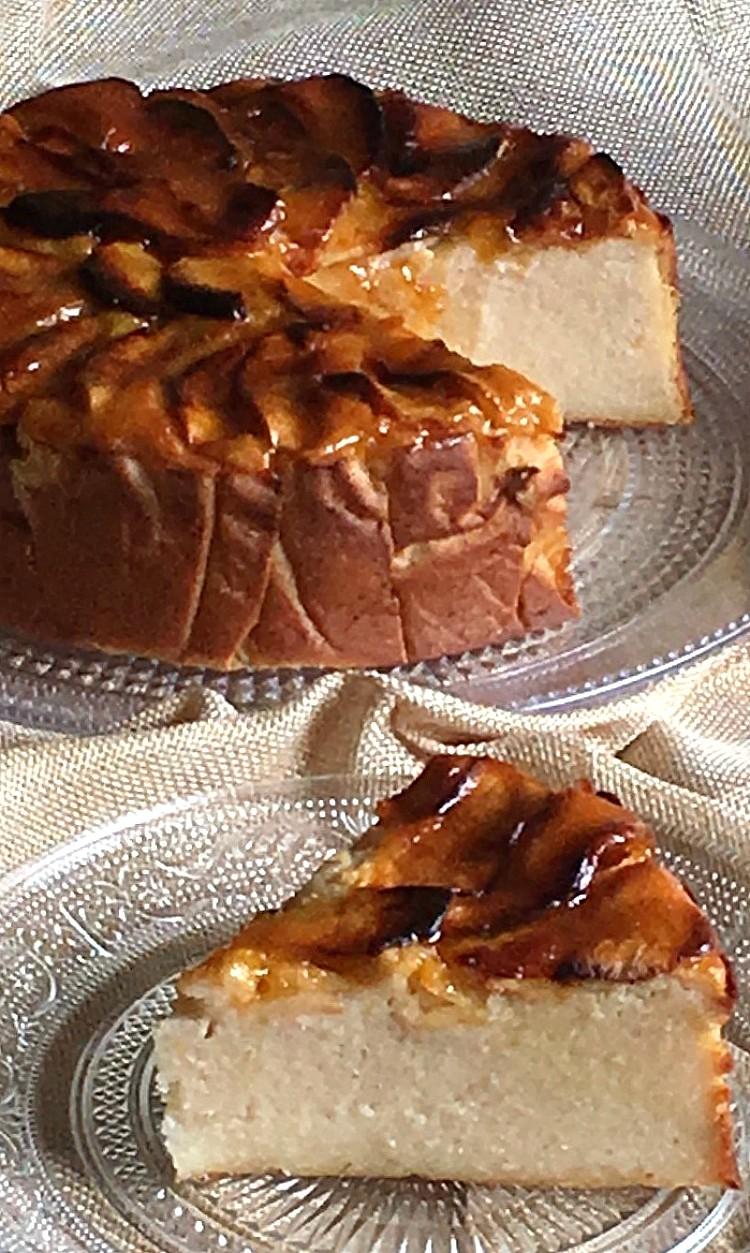 bizcocho-de-manzana-tipo-tarta-queso