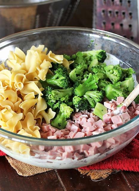 How to Make Cheesy Ham & Broccoli Casserole Image