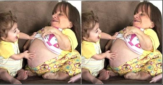 Hebat! Ibu Terkecil di Dunia dengan Tinggi 72,39 cm Ini Bisa Melahirkan 3 Anak