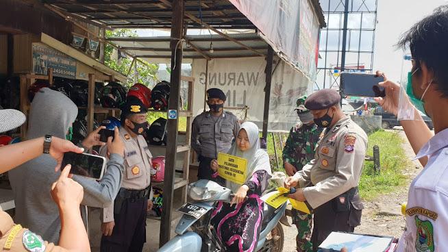 Cegah Penyebaran Covid 19, Polsek Kapuas Murung Bersama Tim Gabungan Laksanakan Giat Ops Satgas Yustisi