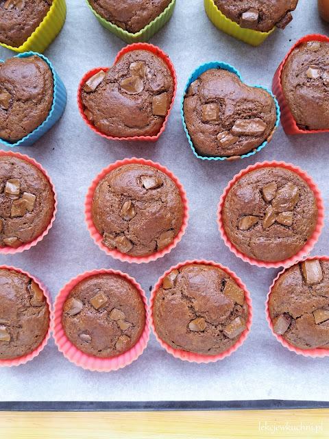 Czekoladowe muffinki z mąką z ciecierzycy / Chocolate Chickpea Flour Muffins