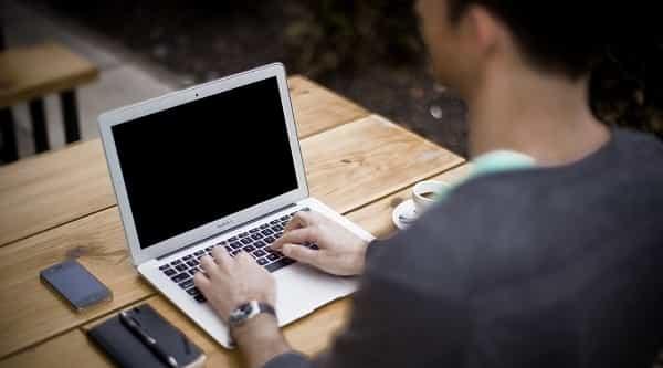 5 hábitos para manter durante a rotina de trabalho home office