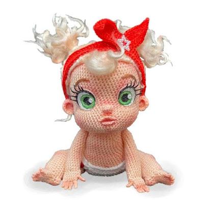 Кукла пупс амигуруми