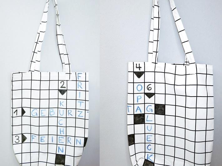 Stofftasche mit Kreuzwortraetsel bemalen