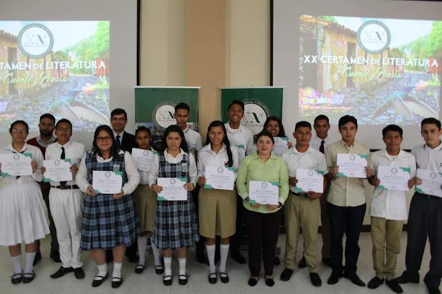 Finalistas Categoría Poesía XX Certamen de Literatura en Cuento y Poesía de Nueva Acrópolis Santa Ana