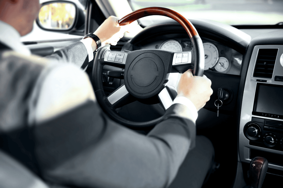 Şoförlü araç kiralama neden tercih edilmelidir?