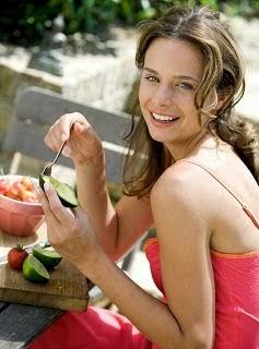 Tetap sehat dan abadi muda yaitu cita-cita setiap orang Inilah Makanan Yang Bikin Awet Muda