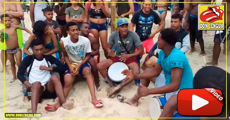 El pueblo de Cata en Aragua entonando un himno para Maduro en Semana Santa
