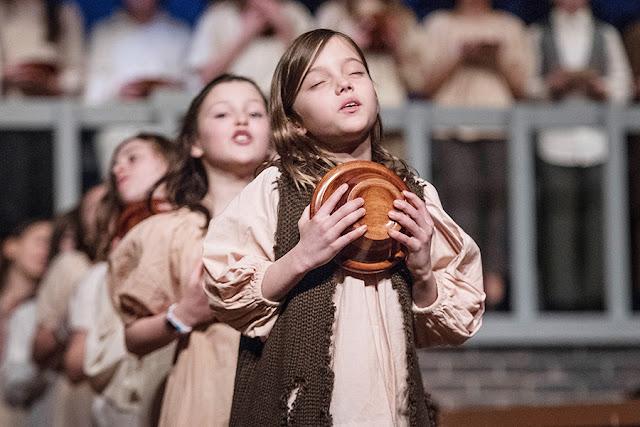 Bagaimana Orang Tua, Bila Anaknya Tertarik dengan Seni Teater?