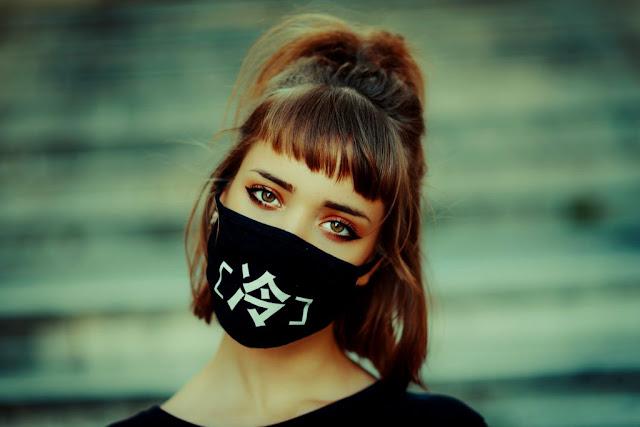 trucco con mascherina