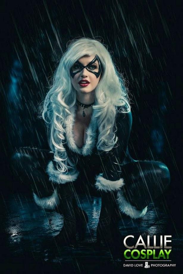 Sexy cosplay de Gata Negra (Marvel)