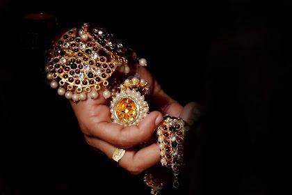 Kenapa Orang-orang Tertarik Membeli Berlian?