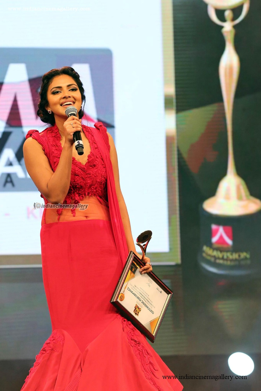 Amala Paul latest hot photos from Asiavision Awards 2015