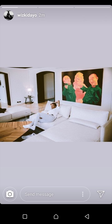 Wizkid puts the Interior Of His Expensive Sitting Room on Display (Photo)