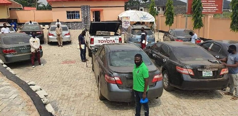 EFCC Arrests 3 Corpers, 19 Undergraduates, 10 Others For Fraud In Ogbomoso, Oyo State (Photos)
