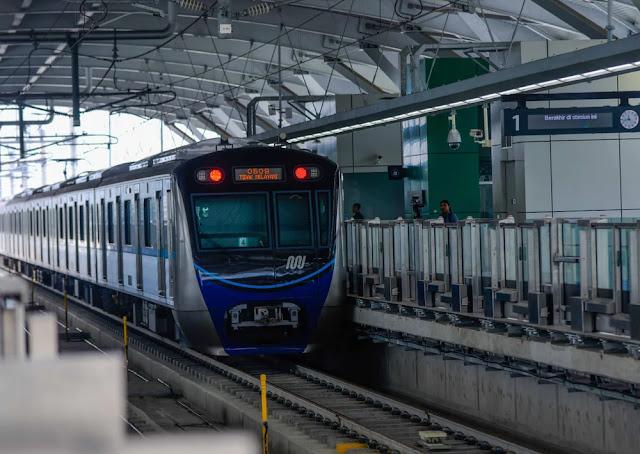 Anies Baswedan Digugat Gara-gara Naikkan Tarif MRT