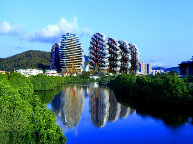 Unique Tree Shaped Hotel in Sanya China