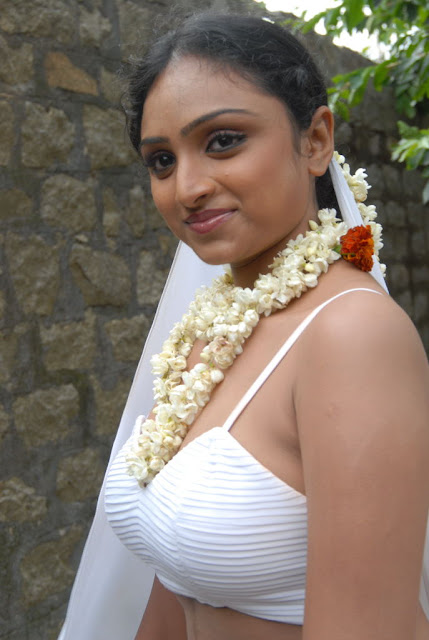 vaheeda in white bra