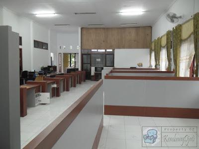 Desain Interior Perkantoran + Furniture Semarang ( Desain Interior )