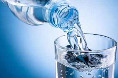 ¿Tomas poca agua?