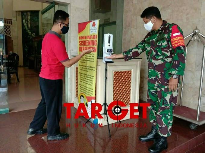 Babinsa Tipes Sasar Edukasi Penerapan PPKM di Hotel Indah Palace