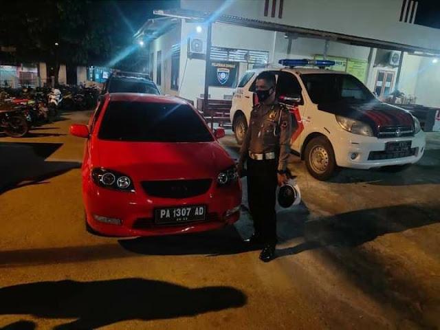 Polisi Tangkap Pengendara Mobil Vios Merah di Jayapura Yang Viral di Medsos