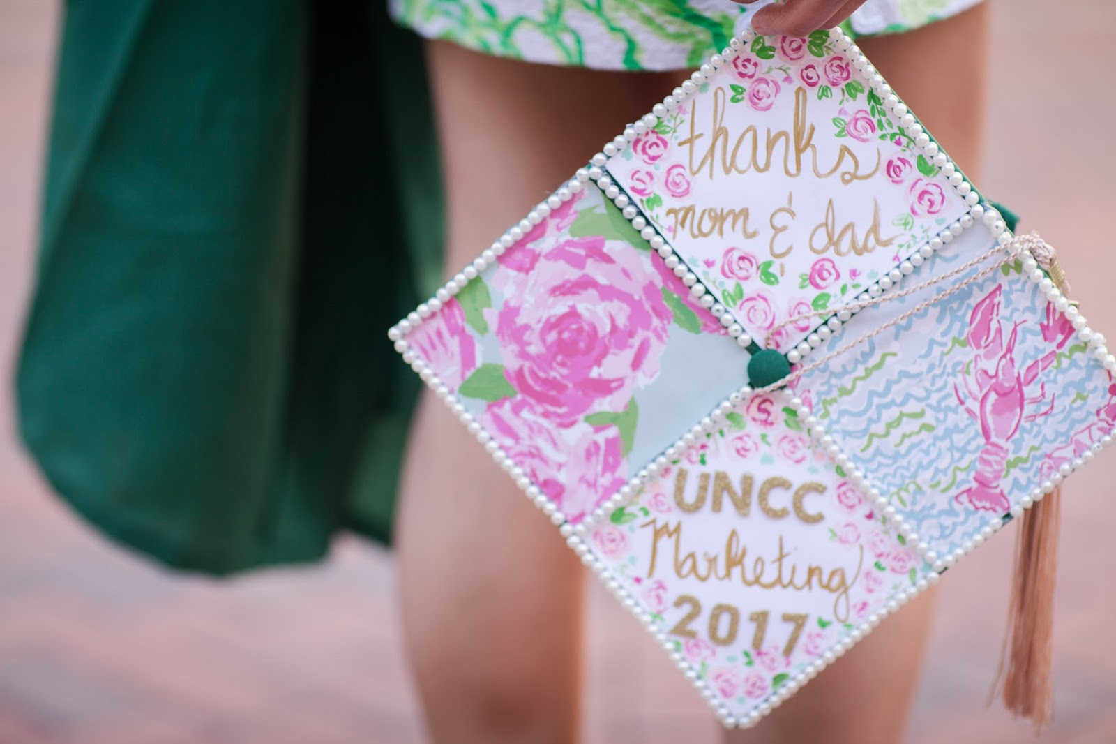6 Tips On Decorating Your Graduation Cap The Daily Amy